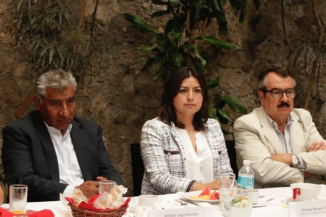 Habrá debate con o sin Lalo Rivera, asegura Claudia Rivera