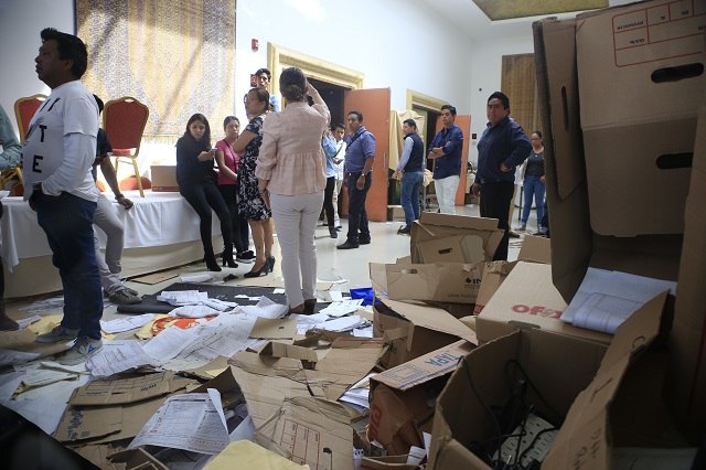 Morena denuncia e ingresa a centro de operaciones del PAN