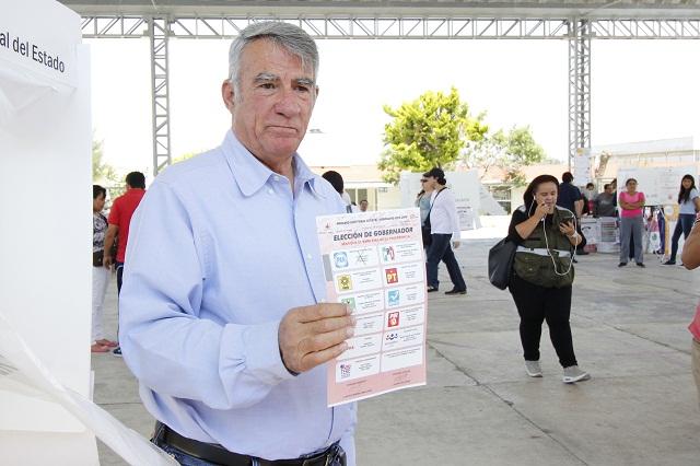 Culpa Fraile García al INE en fallido refrendo de su militancia panista