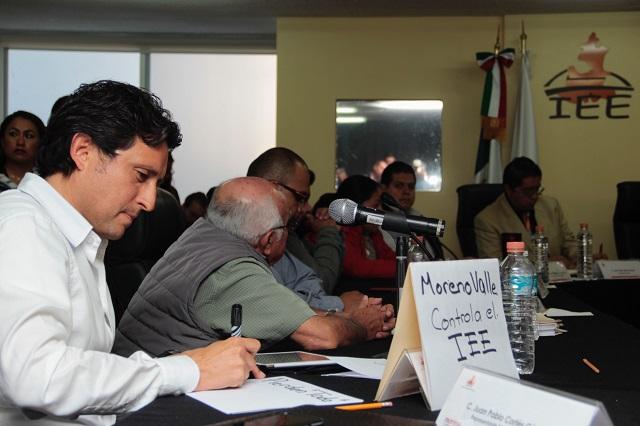 Ahora piden juicio político contra Espinosa; él se dice perseguido