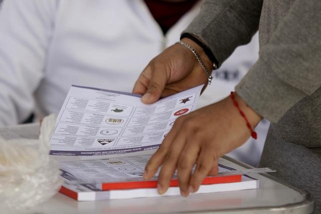 Suben a 4 mil los poblanos en el extranjero que votan el 2 de junio