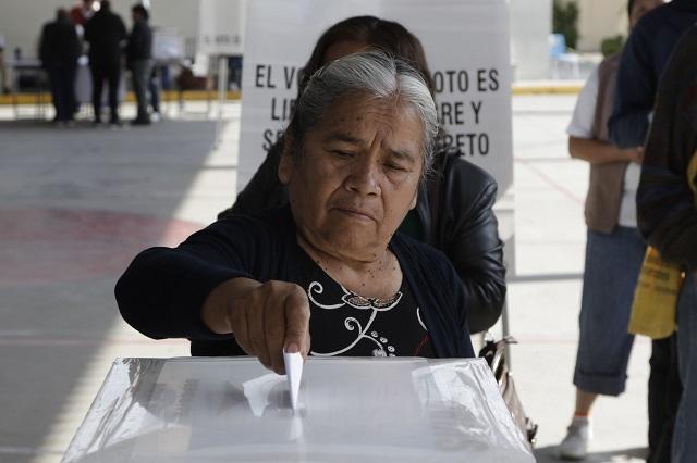 PAN y PRI ven inconstitucional reforma electoral de Morena