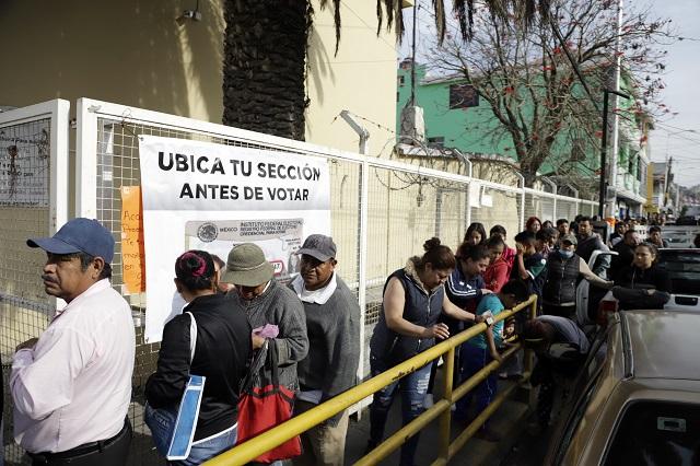 Por retrasar plebiscitos en Juntas Auxiliares, denuncian al IEE
