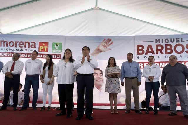 Planea Barbosa dividir secretarías de obras y transporte en Puebla