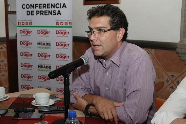 Voto de indecisos será para Meade y Doger, vaticina Ríos Piter