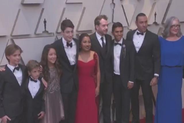 Elenco de Roma celebró sus tres Oscars al ritmo de Juan Gabriel