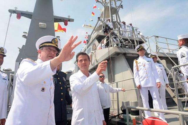 Peña Nieto respalda que las fuerzas armadas patrullen las calles