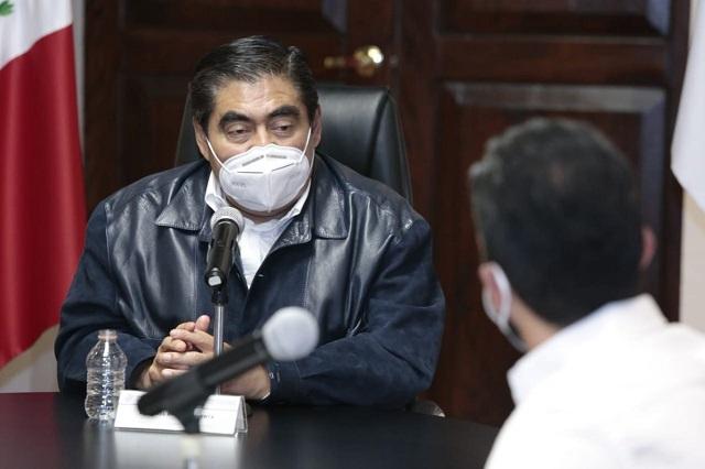 'No me quieran sorprender niñitos', dice Barbosa a reportera