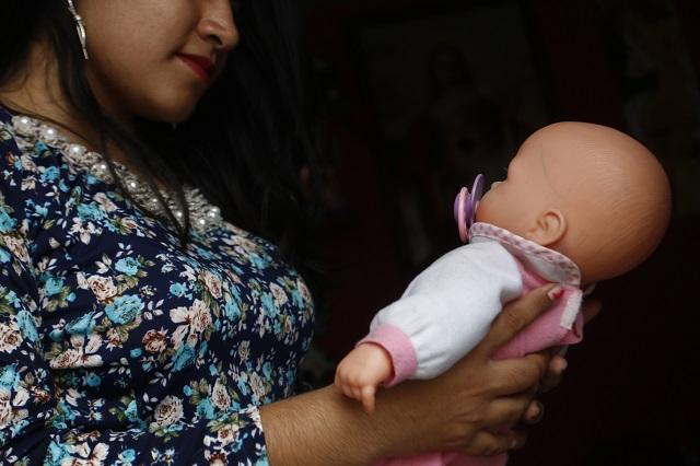 Quiere Morena dar 868 pesos al mes a madres solteras poblanas