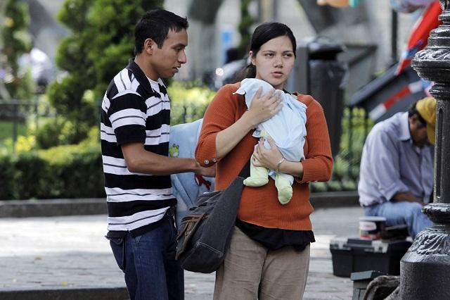 Pide arzobispo valorar a las madres y cuidar a embarazadas