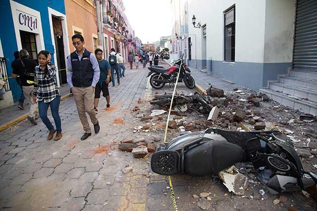 Declaran emergencia en 112 municipios de Puebla por sismo