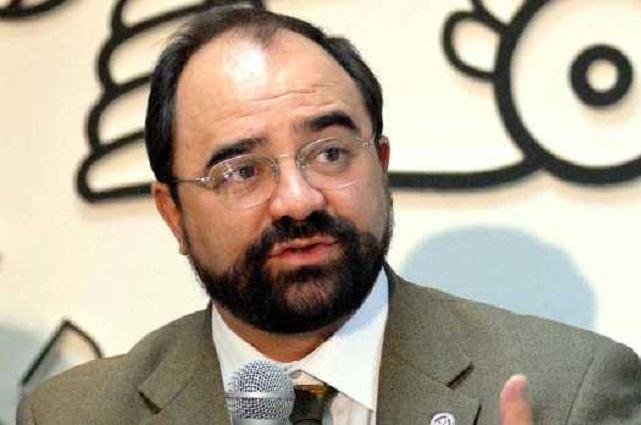 La elección, entre un candidato honesto y otro acusado de corrupto: Álvarez