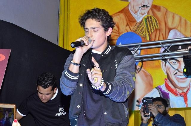 Emilio Osorio inicia gira de conciertos en Puebla