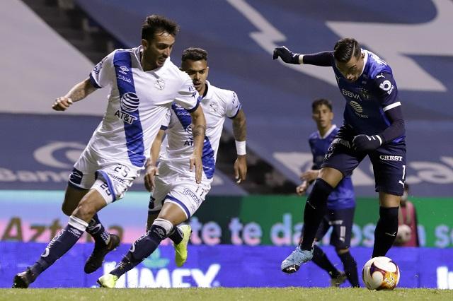 Puebla y Rayados amarran un empate sin goles en el Estadio Cuauhtémoc