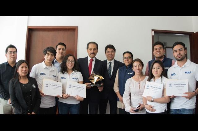 Alumnos de la BUAP representarán a México en Silicon Valley