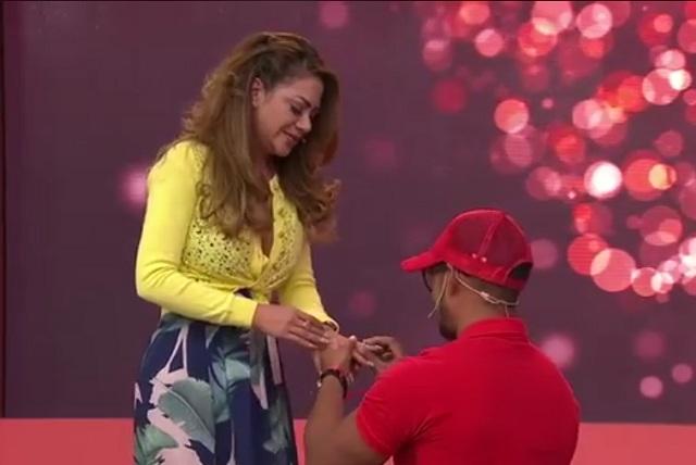 En enamorándonos Bruno hizo llorar a Magaly al pedirle matrimonio