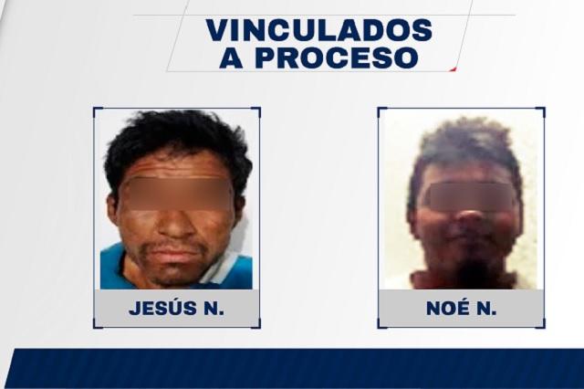 Encarcelan a dos hombres que intentaron robar un taxi en Tehuacán
