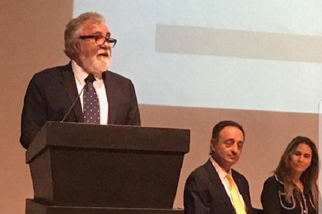 Anuncia Alejandro Encinas medidas para proteger a periodistas