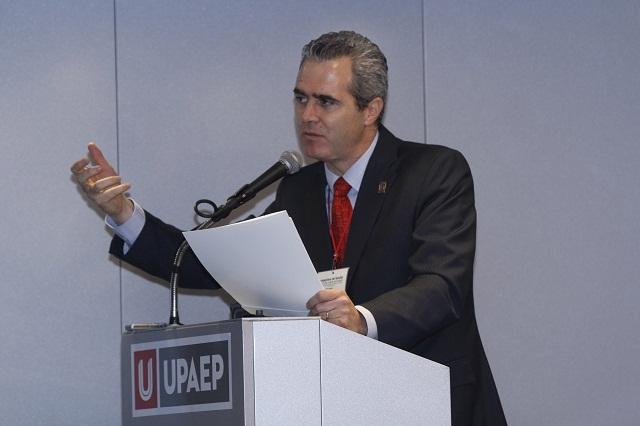 Apuesta por ciencia permite construir una mejor sociedad: rector Upaep