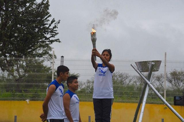 Cecyte Puebla celebra encuentro estatal deportivo con 724 alumnos