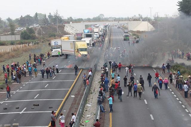 Liberan la Puebla-Orizaba tras bloqueo de vecinos de Palmarito