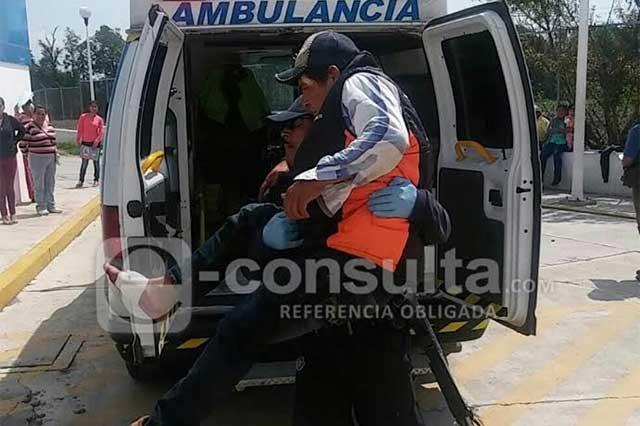 Chocan policías y huachicoleros en Tlahuapan; hay 4 heridos