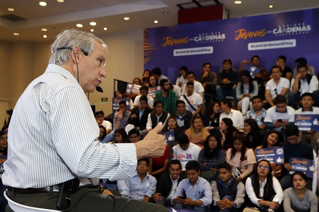 Si no gano elección seguiré como activista, anuncia Enrique Cárdenas
