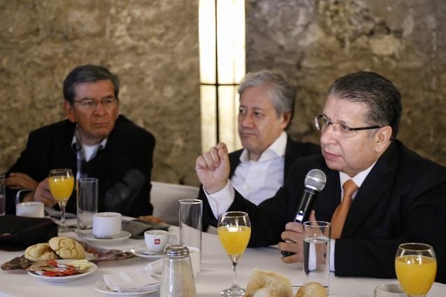 Con mal candidato en Puebla el PRI se desploma: Doger