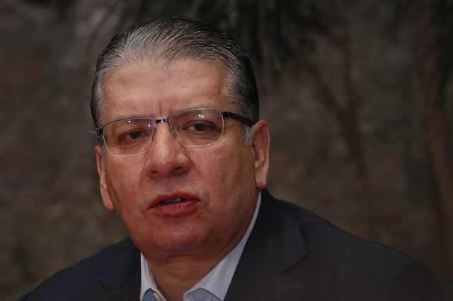 Dinero no debe definir a candidato del PRI, dice Doger sobre Urzúa