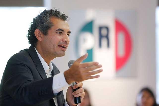 PRI afirma que Morena, el PAN y el PRD no donaron dinero para damnificados
