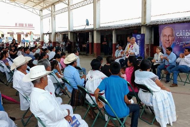 Propone Cárdenas rehabilitar caminos en la Sierra Norte