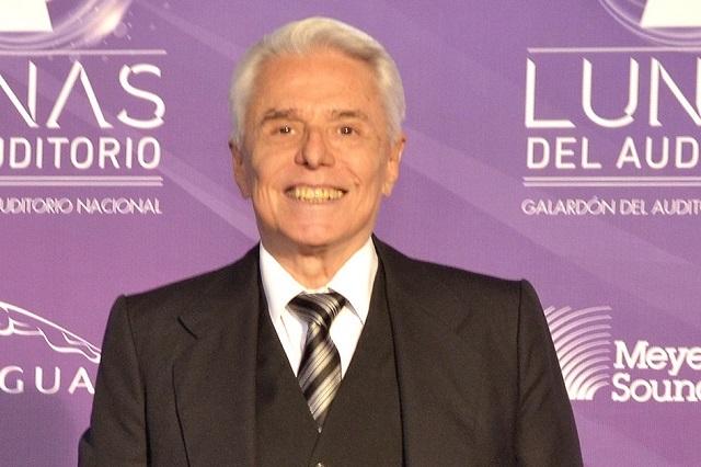 Enrique Guzmán visita a Silvia Pinal y lo tunden en redes