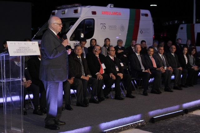 Recibe Puebla hospital campaña y ambulancias de la federación
