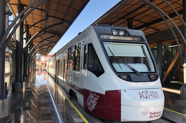 Otro 'error': pintan de guinda el Tren Turístico a Cholula