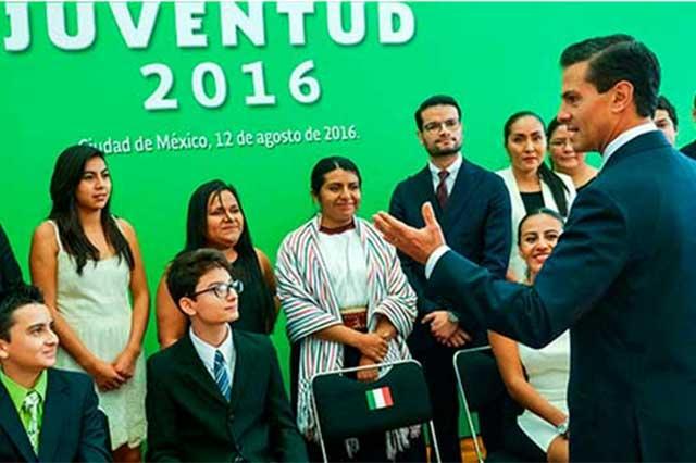 EPN cambiará el formato del IV Informe y hablará ante jóvenes