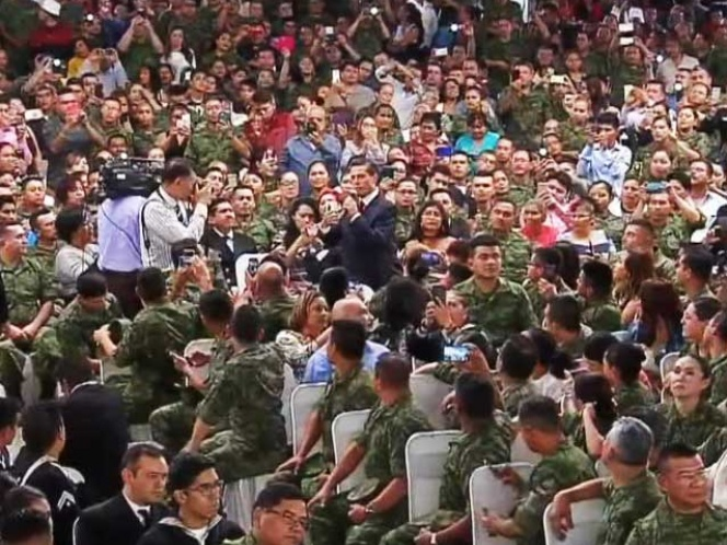 Es inaceptable que se descalifique a las fuerzas armadas, afirma EPN