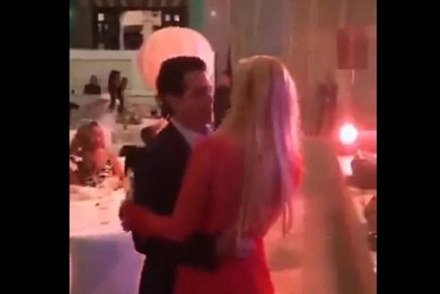 Graban a EPN bailando cumbia con Tania Ruiz
