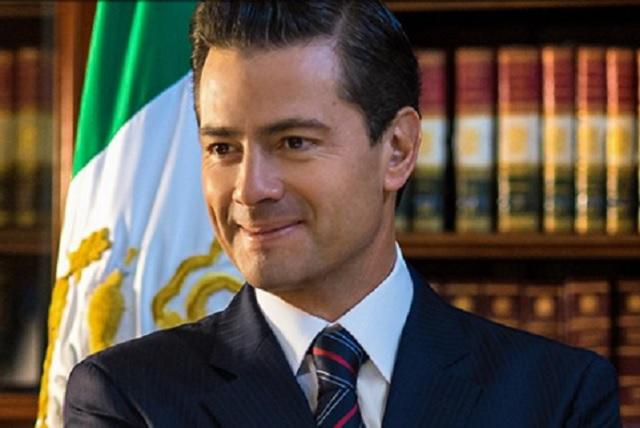 EPN dice que podría ser periodista porque les va mejor que a los políticos