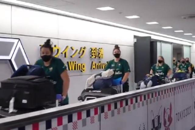 Tokio 2020: Equipo de softbol de Australia es el primero en llegar a Japón