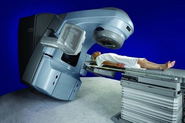Compra IMSS equipo para mejorar la atención del cáncer en Puebla