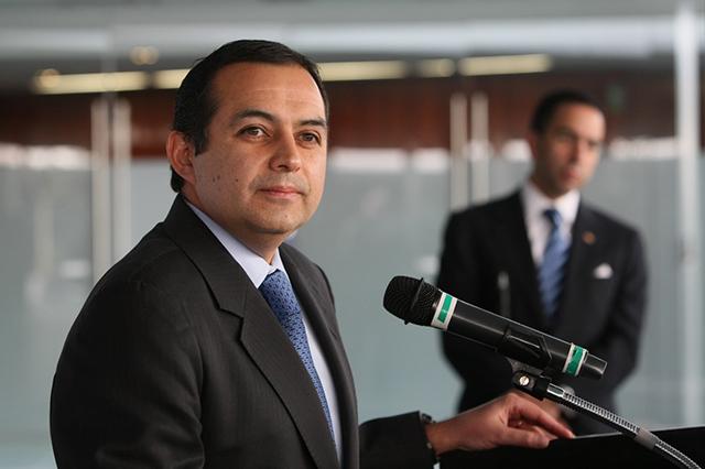 Anuncia Ernesto Cordero que se retira de la política