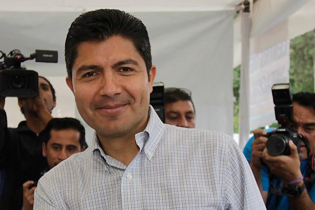 Mi postulación no es un pacto sino un acto de congruencia: Rivera