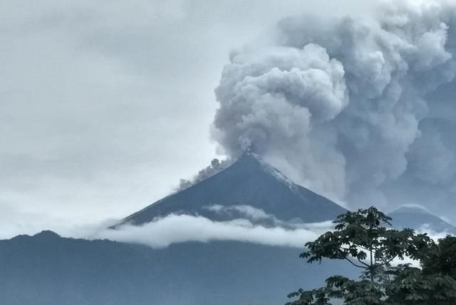 Erupción del Volcán de Fuego deja un saldo de 25 muertos en Guatemala