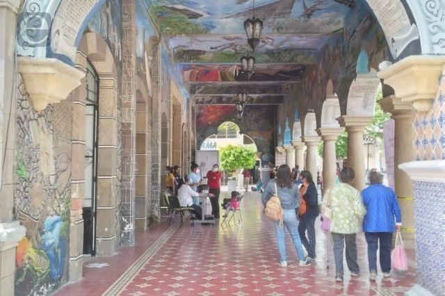 Sigue en espera restauración de fachada del palacio en Tehuacán