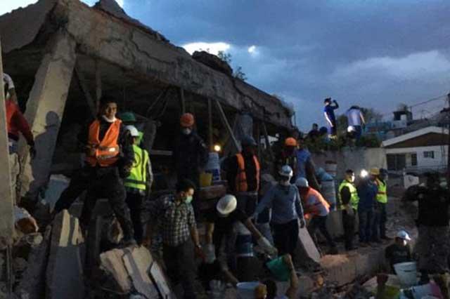 Reportan 26 niños muertos en la escuela Enrique Rébsamen en Coapa