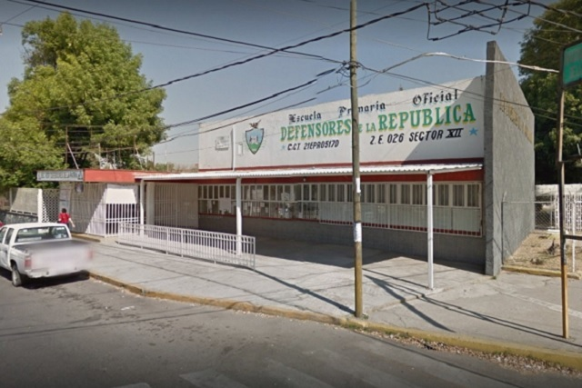 Queda inhábil escuela que SEP ignoró por años en Puebla capital