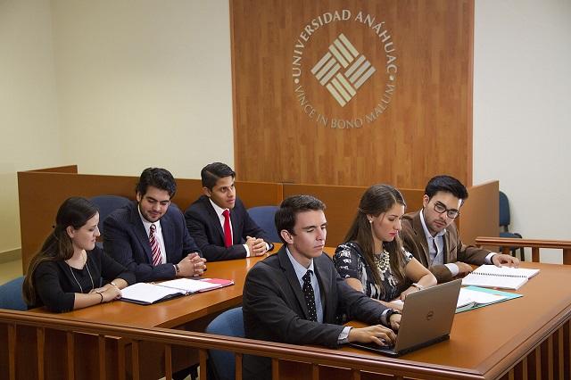 CONFEDE acredita licenciatura en Derecho de la Universidad Anáhuac