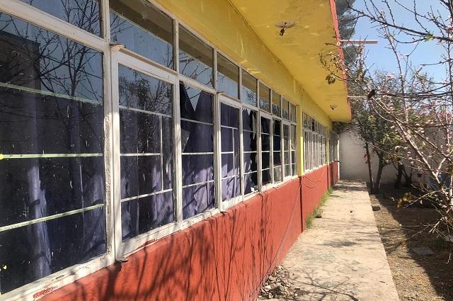 Rehabilitarán en 2020 escuelas dañadas por explosión en Tepeaca