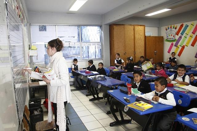 Discutirán maestros poblanos reforma educativa en foro