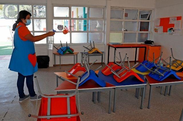Escuelas de Zacapoaxtla se preparan para el regreso a clases